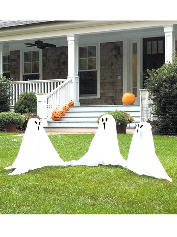 Set of 3 Ghostly Group Lawn Ornaments